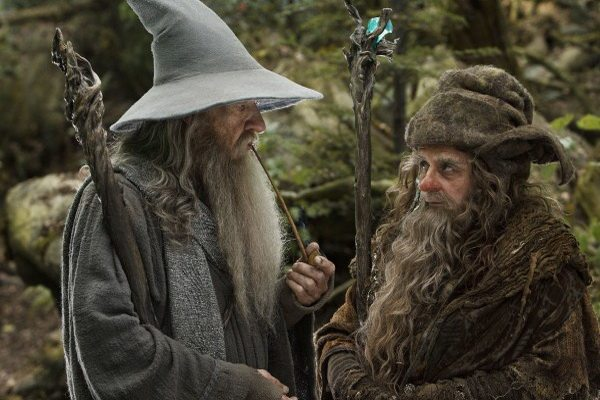 the-hobbit-ian-mckellan-sylvester-mccoy-600x392